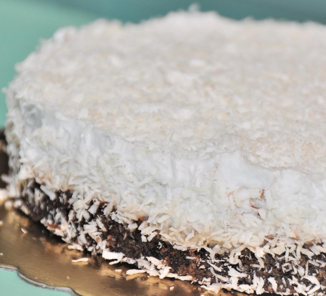CakeLab Сурова кокосова торта